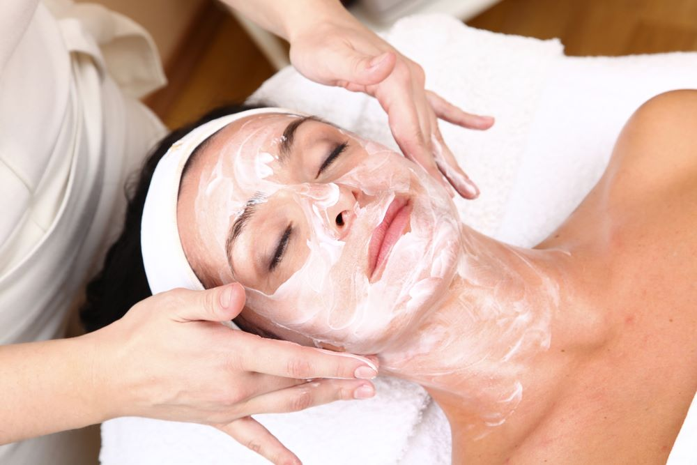 Intense Hydrating Facial
