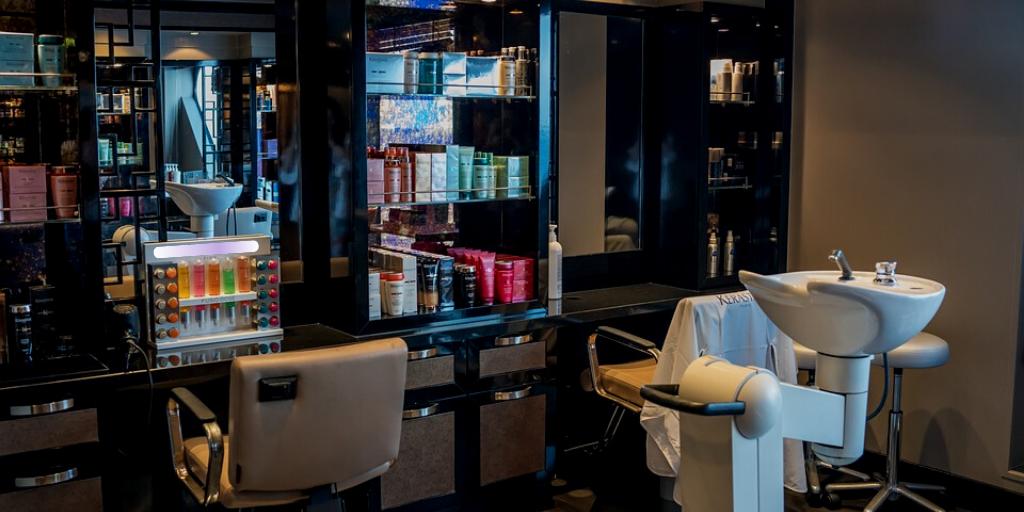 Revenue in the Salon