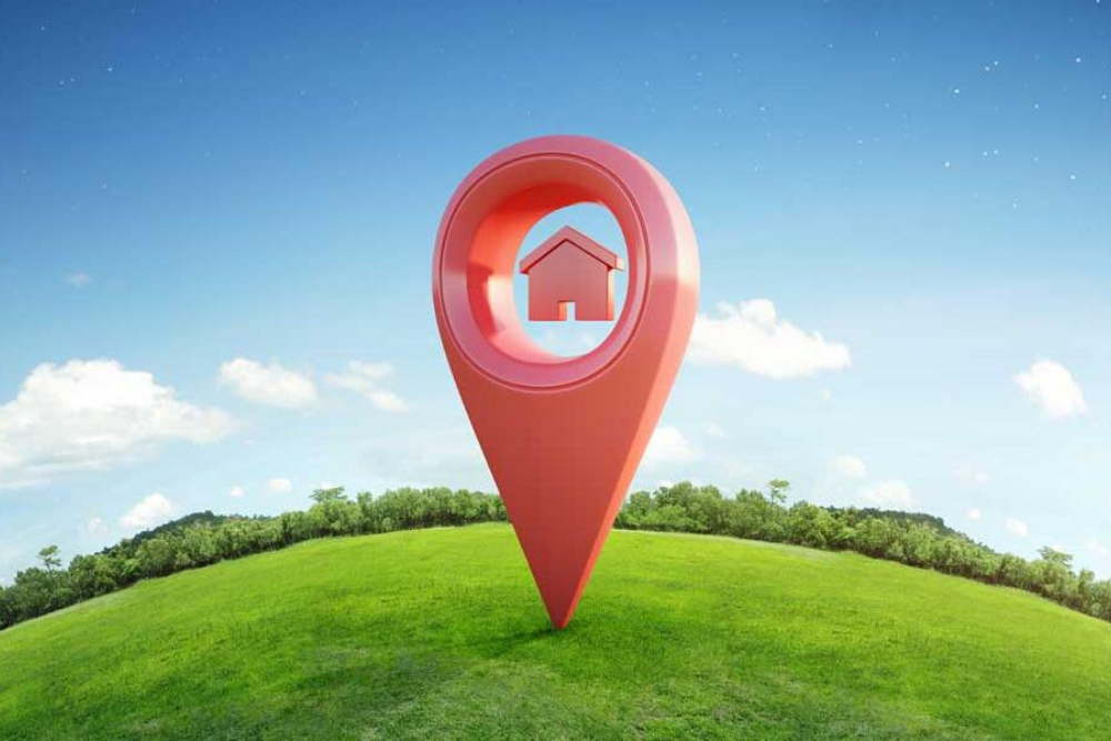 Choose the right location and Hire Staff